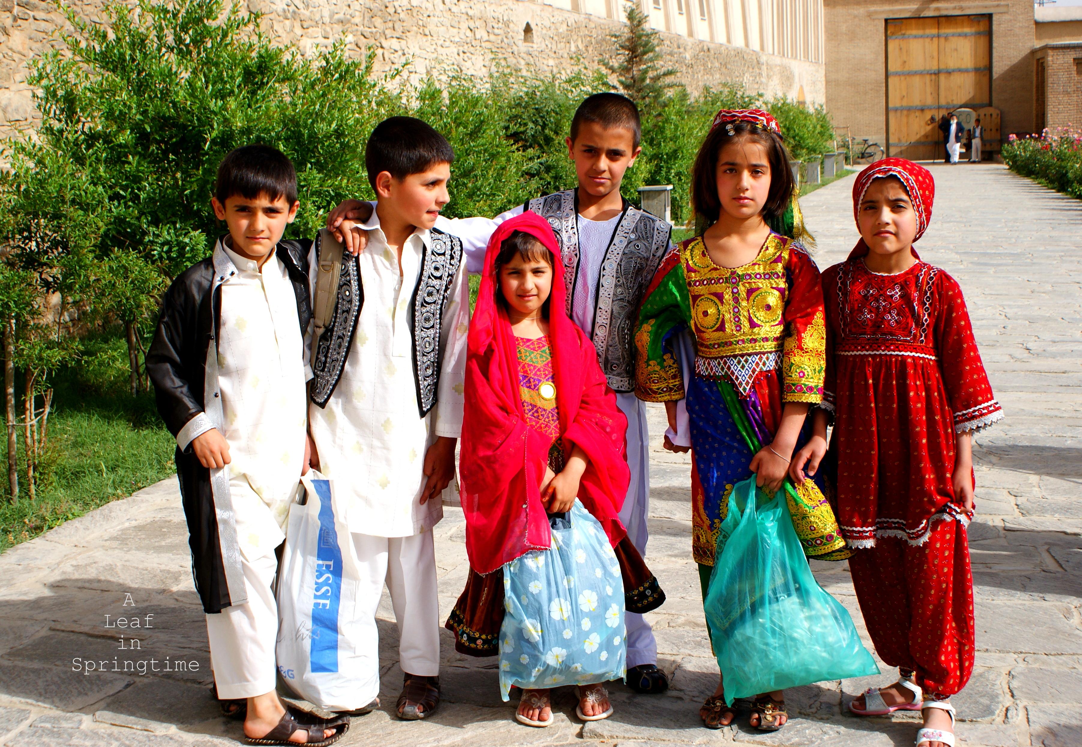 Картинки малыши таджики, картинках